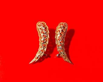 10k Fly Wing Earrings