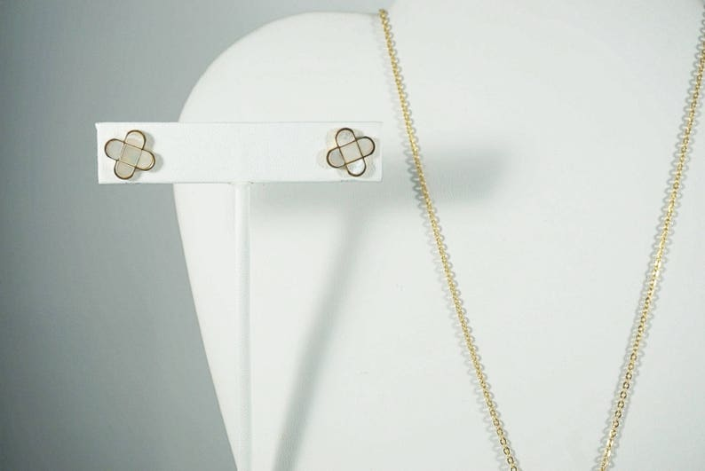 Necklace--Earrings SET Stainless Steel Mother of Pearl GOLD--21190 MyLittleBoxJewelry