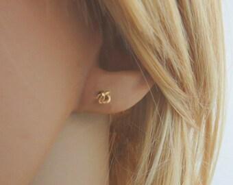 Love knot earrings, gold knot earrings, bridesmaid stud earrings, tiny gold stud earrings
