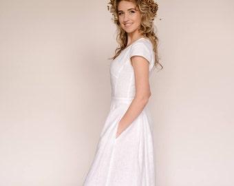 75b1ea7393 Linen wedding dress
