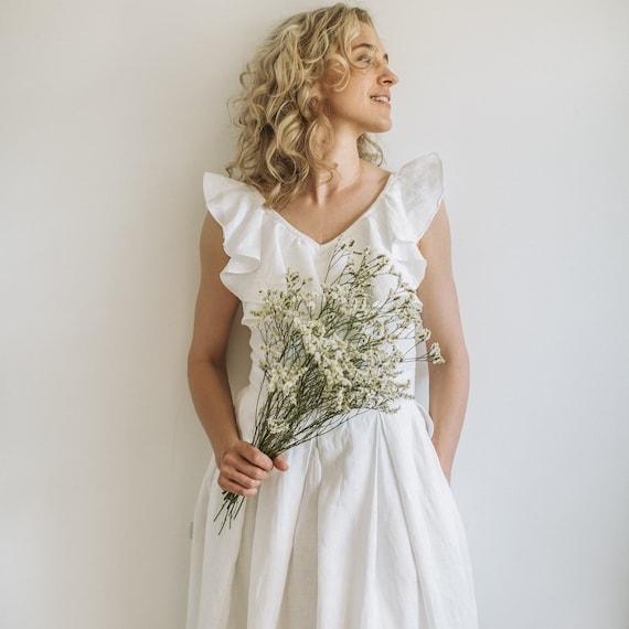 4ff00f20261 Rustic wedding dress linen wedding dress corset wedding