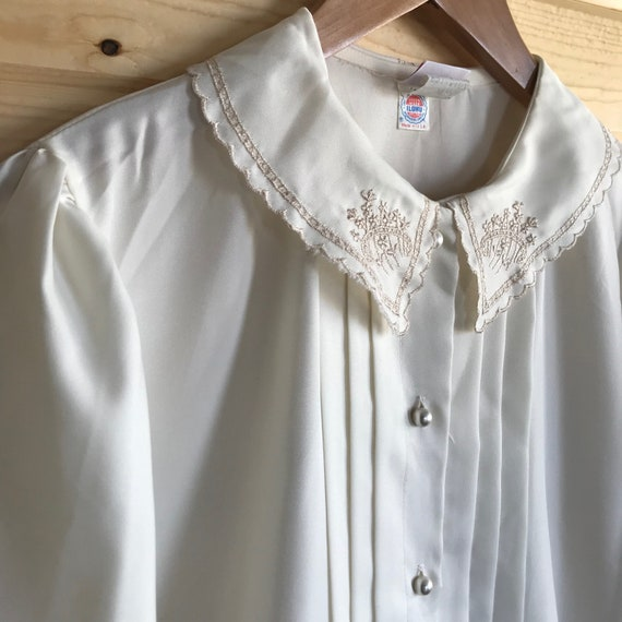 Vintage 70s Union Made Cream Floral Embroidered C… - image 6