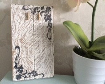 Distressed Shabby Chic Picture Plaque