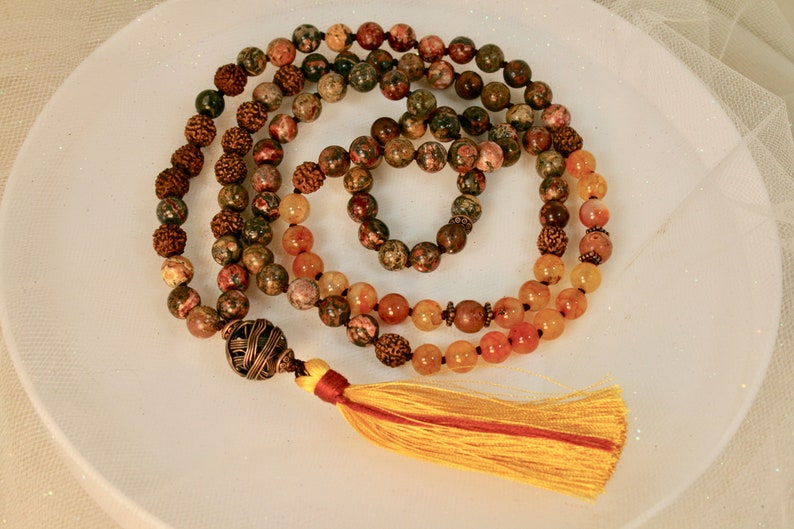 Dragon Vein Agate Jasper Enlightenment Mala Beads and Bohdi Seed Traditional 108 Mala Bead Necklace with Yellow Silk Tassel