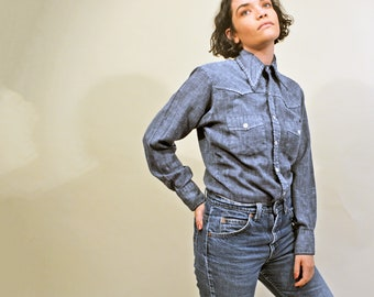 d19d40cc3146 vintage 60s chambray shirt soft cotton blouse 1970s workwear casual soft  button up jc penney towncraft western top s m