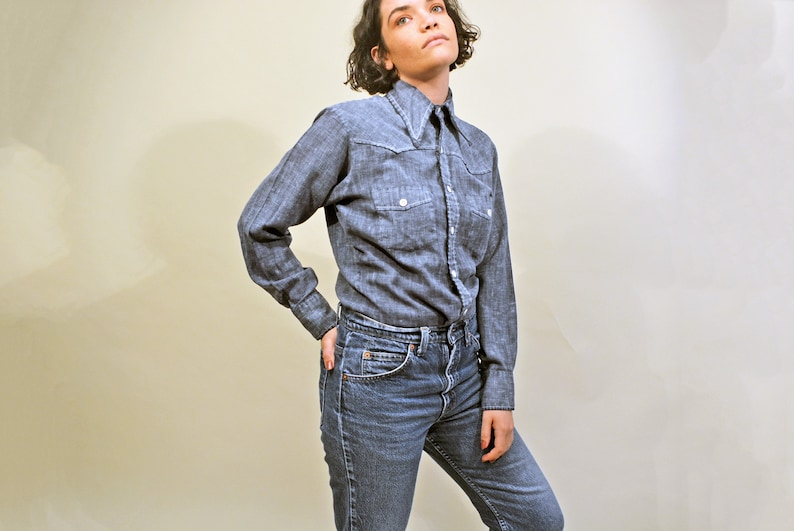 c2ac3099a0 vintage 60s chambray shirt soft cotton blouse 1970s workwear casual soft  button up jc penney towncraft western top s/m