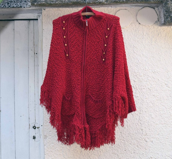 Women's knitted poncho, Vintage knitted poncho, Re