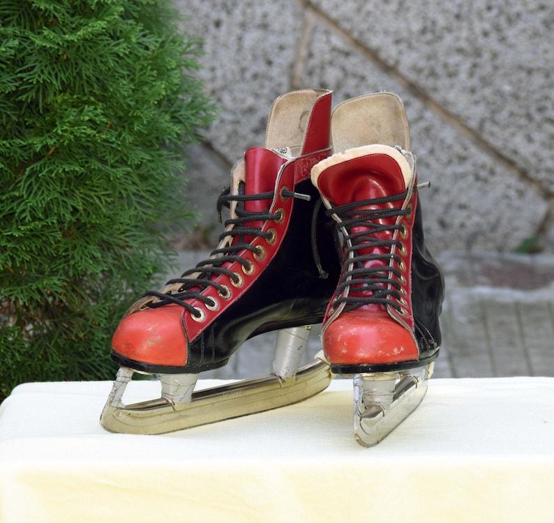 Vintage Ice Skates Black And Red Leather Skates Ice Skating Etsy