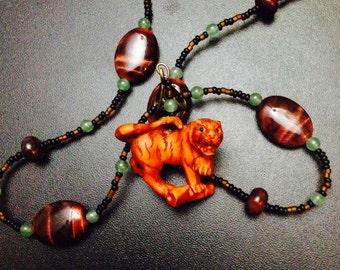 Collier Ojime tigre sculpté