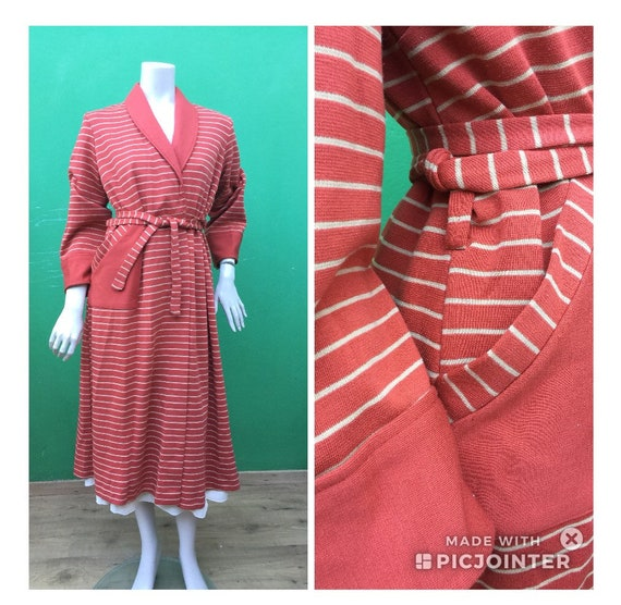 Striped dressing gown Rust Striped dressing gown V