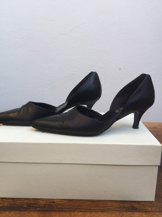 LOEWE LEATHER SHOES Vintage leather shoes Black le