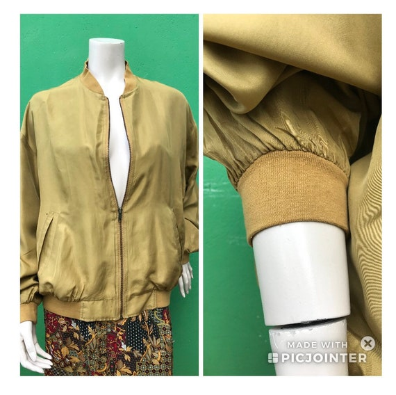 SILK BOMBER MUSTARD | Fashion Silk bomber jacket |