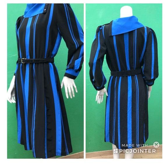 LONG SLEEVED STRIPED Dress Fashion Striped Dress B
