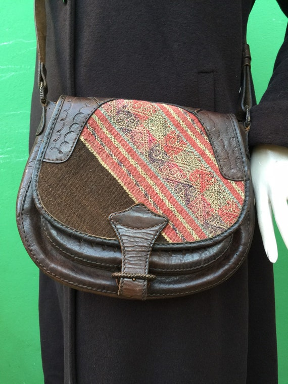 ETHNIC SHOELDERBAG Ethnic shoulder strap Leather b
