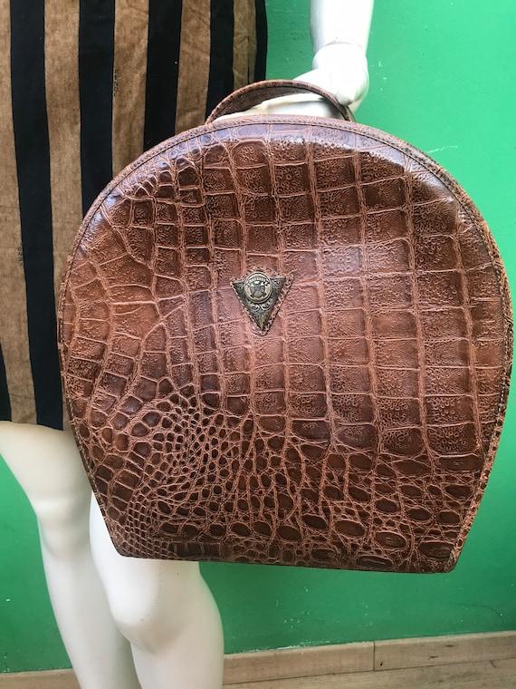 SEMICIRCULAR LEATHER BAG | Printed croc Semicircul