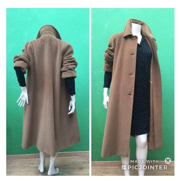 CAMEL VINTAGE COAT Vintage virgen wool coat Fashio