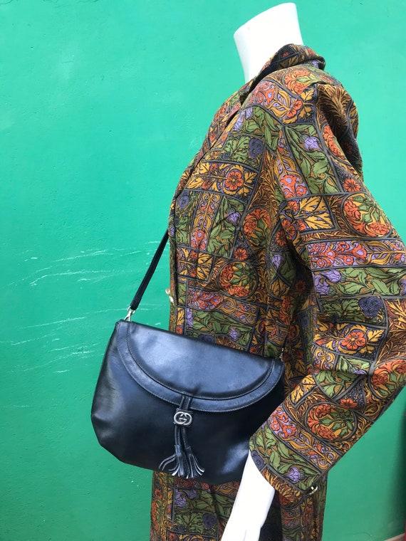 70s VINTAGE GUCCI PURSE | 70s Gucci leather shoul… - image 4