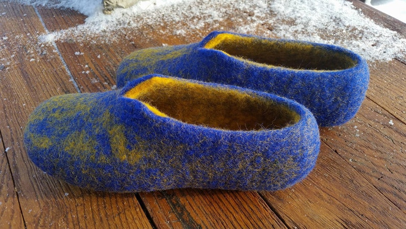 d646fb17b79 Blue Womens felted slippers eco-friendly felted wool