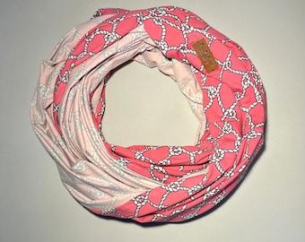 Travel Tube Blanket, Travel Blanket, White Chain on Pink