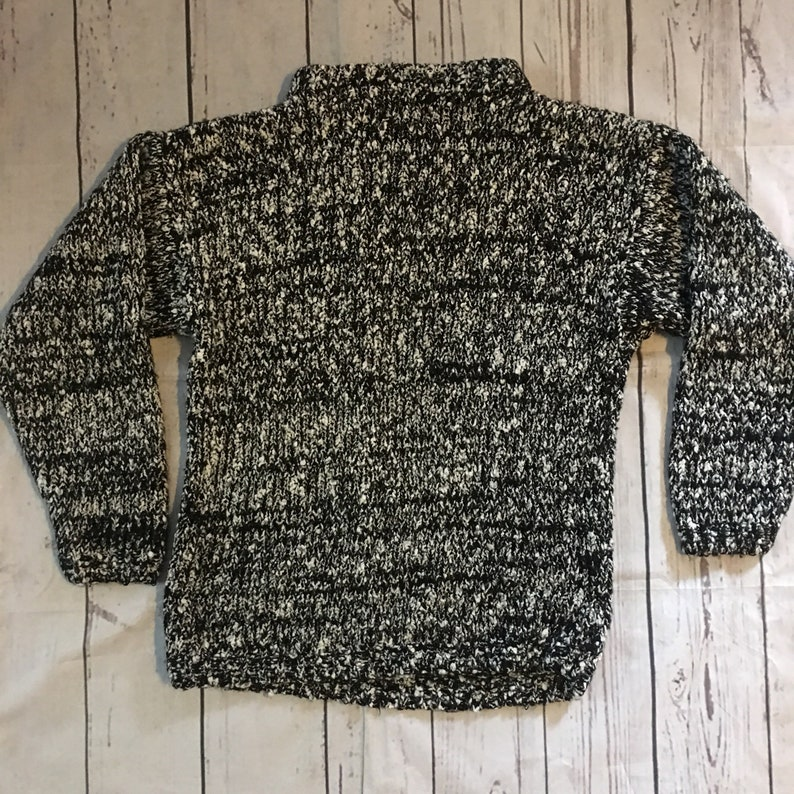 0d2b3c09a0c Chunky Vintage 80s Cozy Sweater Black White Funky Large Retro Indie Fashion  Small