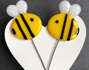 Glass Bee plant pot stakes for window sill, flower bed, window box and garden decoration, fused glass bumble bee, handmade gift
