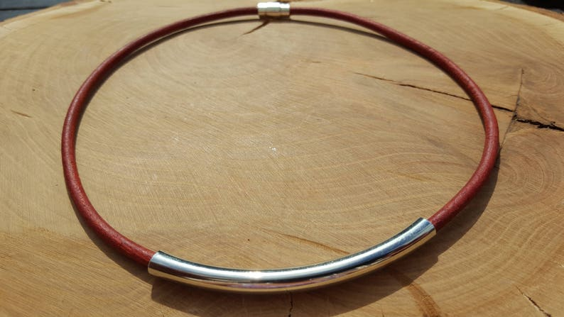 Leather necklace Red