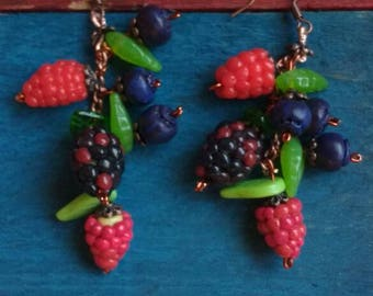 Berries drop dangle earrings. jewellery.forest style earrings.cooper rustic dangle earrings.blueberry.hand made.Raspberry. TWOPI1DB