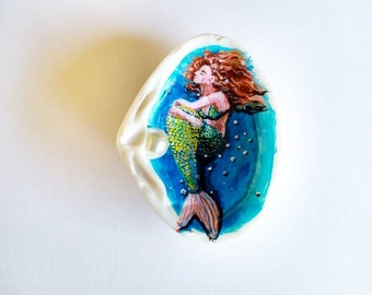 Hand painted sea shell mermaid. Mermaid keepsake.painted shell mermaid decor. ArtSeaGlassEcoShop.