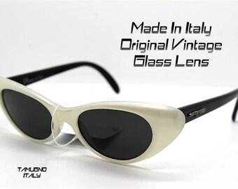 Occhiali da sole donna stile anni 50 60 occhio di gatto bianco perla vetro  sunglasses woman cat eye Pearl White and black Made in Italy c536fd22ef9