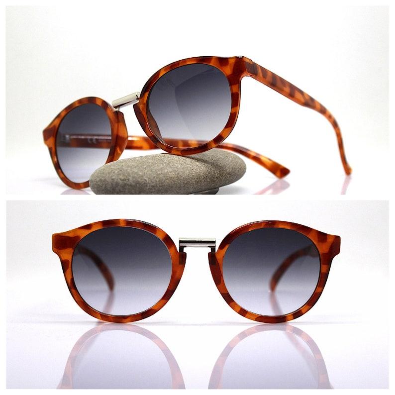MADE IN ITALY oval round classic sunglasses man woman tortoise brown frame brown lens Occhiali da sole uomo donna rotondo tartarugato