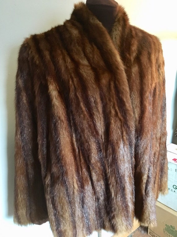 Beautiful Vintage 1960s Mink Short Jacket / Cape