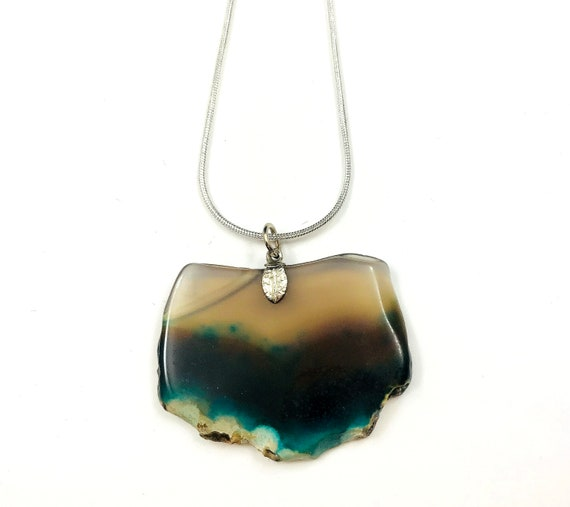 Vintage Sliced Polished Agate Stone Pendant Necklace Silver Chain Hippie Boho Chic