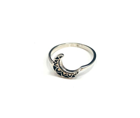 Silver 925 CRESCENT Moon Ring Magickal Boho Gypsy Chic Stackable Minimalist Ring Jewelry Size 6.5