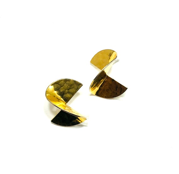 Vintage GOLD tone Metal Hammered Twisted Stud Artisan Earrings 80s 90s Jewelry Stylish Pierced
