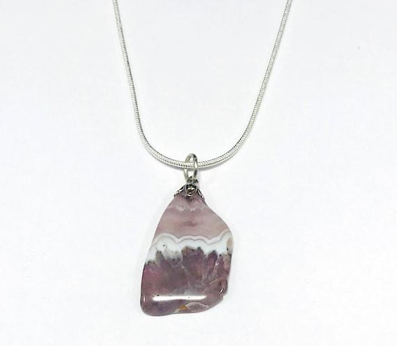 Vintage Agate Slice Stone Pendant Necklace Silver Chain Boho Hippie