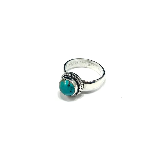 Sterling SILVER Ring TURQUOISE Bead Native American Western Boho Southwest Style Bohemian Chic Simple Band Ring Round Stone Size 6.5 6.75