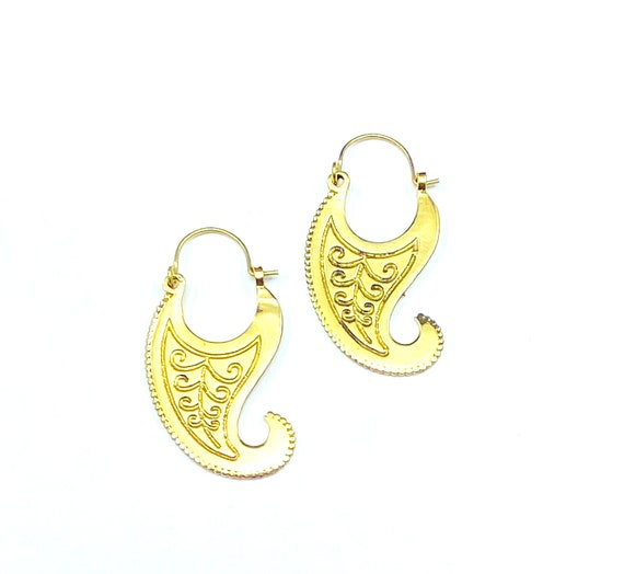 GOLD Tone Brass EARRINGS Crescent Paisley Design Indian Middle Eastern Stylish Boho Bohemian Chic Earrings