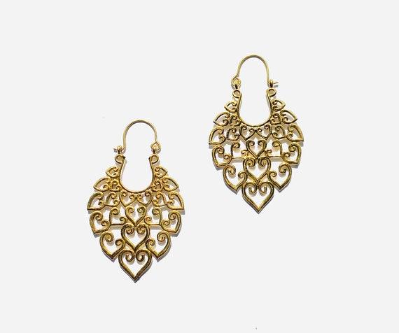 BEAUTIFUL Filigree GOLD Tone Brass Cutout Teardrop Earrings Indian Middle Eastern Design Boho Chic