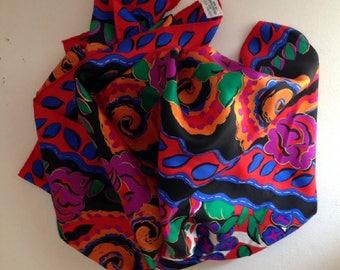 Très grand foulard en soie vintage ESTEE LAUDER 1990 9314a274e08