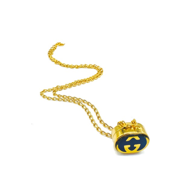 Gucci 1970s Vintage Pill Box Necklace - image 10