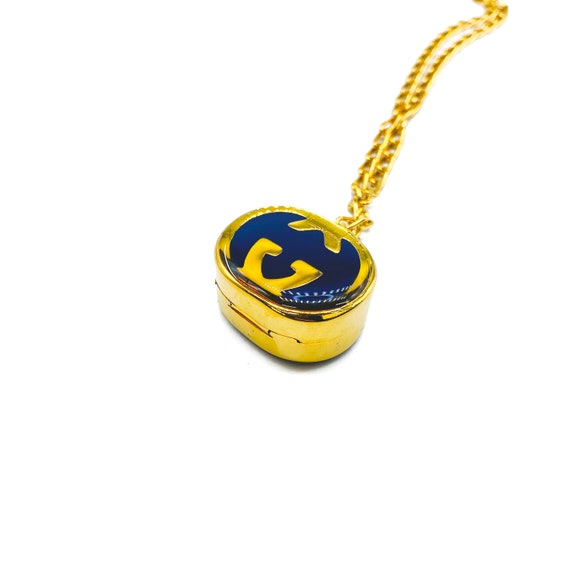 Gucci 1970s Vintage Pill Box Necklace - image 6