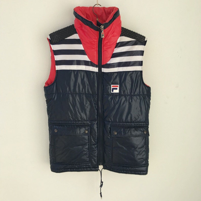 best website 29715 a6a2b Fila amazing vintage sleeveless puffer jacket / Fila piumino senza maniche  vintage