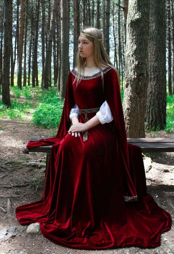 Elven Fashion Game