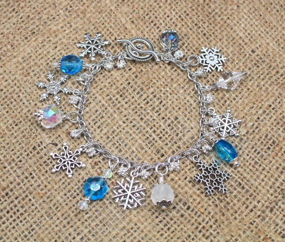 Enamel Christmas Charm Pendant Silver Christmas Tree Snowflake Winter Charms Necklace Bracelet Earrings Clothing Decoration DIY Accessories for Jewelry Making Crafting Supplies 34