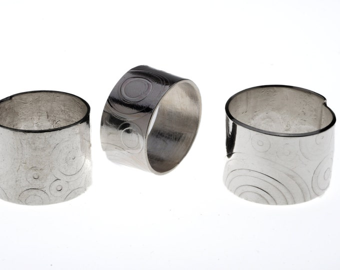 Handmade Sterling Silver Ring with pattern