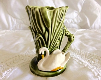 Sylvac ceramic vintage posy vase swan in reeds green glaze 4385