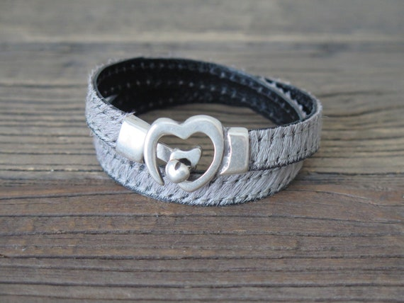 "15 1/2"" hand made gray Colt hair on leather double wrap cuff bracelet accented with heart buckle"