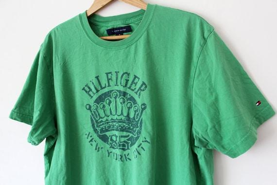 Vintage TOMMY HILFIGER T-Shirt Green Tommy Hilfiger Shirt  545190f4473