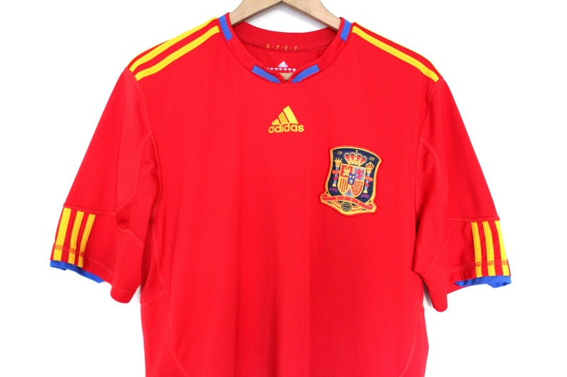 buy popular 20af8 e8150 Vintage Football Spain Shirt, Red Yellow Adidas Jersey, Adidas Football  Shirt, Spain National Team Soccer Jersey Retro Football T-shirt Sz L