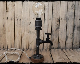 Industrial pipe table lamp